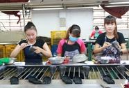 Người nước ngoài làm việc 3 tháng trở lên phải tham gia BHYT bắt buộc