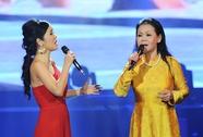 """Khánh Ly-Hồng Nhung cùng """"yêu nhau"""" vì Trịnh Công Sơn"""