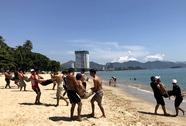 Huấn luyện viên cấp cao Úc đào tạo cứu hộ biển tại Nha Trang