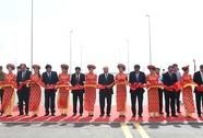 Thủ tướng cắt băng khánh thành cầu vượt biển dài nhất Đông Nam Á
