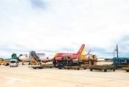 Tăng hơn 1.000 chuyến bay đến Tân Sơn Nhất dịp Tết 2017
