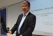Philippines bất ngờ đổi ngoại trưởng