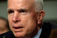 Bất chấp ung thư não, ông John McCain trở lại thượng viện