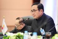 """Bị nghi """"thả"""" bà Yingluck, Thủ tướng Thái Lan nổi giận"""