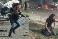 Syria: Phóng viên khóc nghẹn ngào bên nạn nhân bị đánh bom