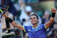 """""""Vua"""" Nadal thắng tốc hành, lần thứ 10 vào chung kết Roland Garros"""