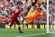 Hàng thủ sụp đổ, Arsenal thua tan tác Liverpool