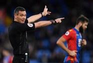 """""""Thần tài"""" Marriner cầm còi, Man United tăng cơ hội lấy cúp"""