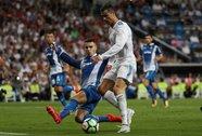 """Ronaldo """"đói"""" bàn thắng"""
