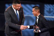 Cầu thủ Đông Nam Á đầu tiên nhận giải thưởng FIFA