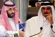 """Qatar- Ả Rập Saudi: Điện đàm hòa giải nhưng lại """"thêm dầu vào lửa"""""""