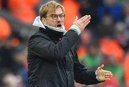 Klopp chỉ trích hàng thủ sau trận thua Swansea
