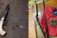 Bắt nhóm cướp dùng súng ở Hà Nội