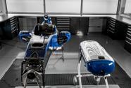 Chở trẻ sơ sinh bằng... công nghệ xe đua F1