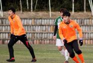 Chê sân xấu, đội bóng của Xuân Trường hủy tập huấn ở Nhật