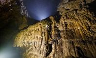 Trải nghiệm vượt Bức tường Việt Nam trong hang Sơn Đoòng