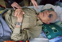 Khởi tố thầy giáo đánh vợ chồng già nhập viện