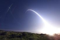Đang căng thẳng với Triều Tiên, Mỹ thử tên lửa đạn đạo