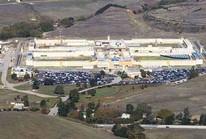 Hơn 100 tù nhân bạo loạn ở California, 9 người thương vong