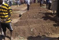 Đi cầu nguyện buổi sáng, hơn 50 người chết