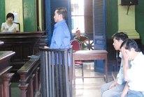 TP HCM: Nguyên chủ tịch xã tiếp tay cho cò đất lừa đảo