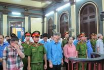 Hàng chục cán bộ hải quan TP HCM và An Giang lại ra tòa