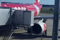 """Máy bay lắc """"như máy giặt"""", phi công khuyên hành khách cầu nguyện"""