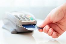 Dùng thẻ tín dụng giả mua smartphone tại Sài Gòn