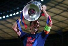 Xavi từng xem cầu thủ Anh như những vị thánh
