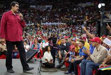 """Bí ẩn đằng sau vụ """"trực thăng tấn công ở Venezuela"""""""