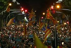 """Tòa Tây Ban Nha """"xuất chiêu"""" với Catalonia trước giờ G"""