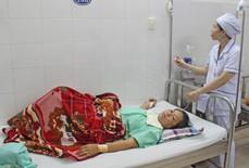 Báo động đỏ liên viện, cứu sản phụ mang thai ngoài, vỡ tử cung