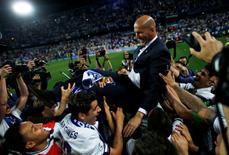 Zidane: Kỷ lục gia của giới cầm quân