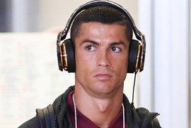 Ấn định ngày Ronaldo hầu tòa