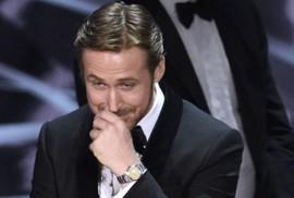 """Ryan Gosling giải thích """"nụ cười khó hiểu"""" tại Oscar"""
