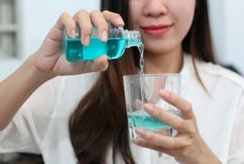Hiểu và dùng đúng nước súc miệng