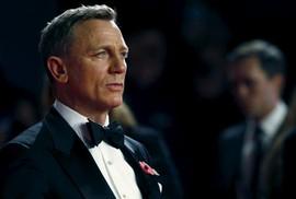 Daniel Craig tiếp tục thủ vai điệp viên 007