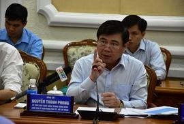 """Chủ tịch Nguyễn Thành Phong """"lật tẩy"""" các báo cáo """"đẹp"""""""
