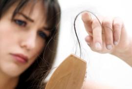 Bỗng dưng rụng tóc, phải làm sao?