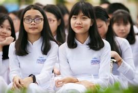 Bí thư Thành ủy đánh trống khai giảng tại trường Lê Hồng Phong
