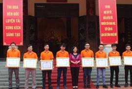 Khen thưởng đội Robocon vô địch châu Á - Thái Bình Dương