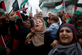 Mỹ châm ngòi thùng thuốc nổ Jerusalem