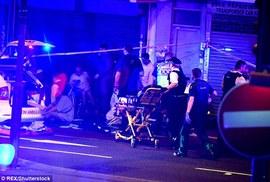 London lại hoảng hồn vi xe lao vào đám đông giữa đêm