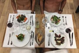 Bên trong nhà hàng khỏa thân đầu tiên của Paris