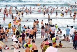 Gây án ở bãi tắm biển Đà Nẵng