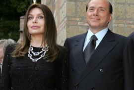 Ông Berlusconi được lấy lại 60 triệu euro tiền chu cấp vợ cũ