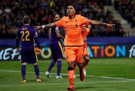 Liverpool vùi dập Maribor, lên ngôi đầu