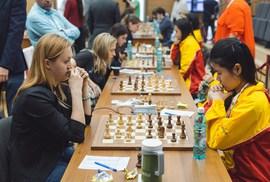 Cờ vua nữ Việt Nam thắng trận thứ nhì ở giải thế giới