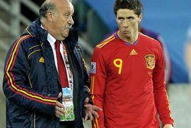 """Torres năn nỉ """"xin"""" đá chung kết"""