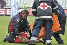 Cầu thủ Ý gục chết trên sân